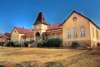 School building erected in 1907, District of Heidelberg